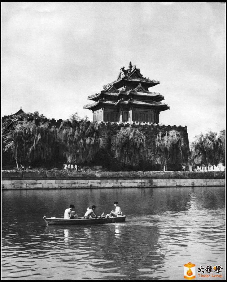 北京紫禁城角楼.jpg