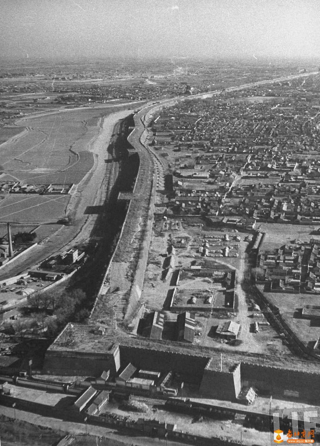 069.内城-西北角楼     (1946年).jpg