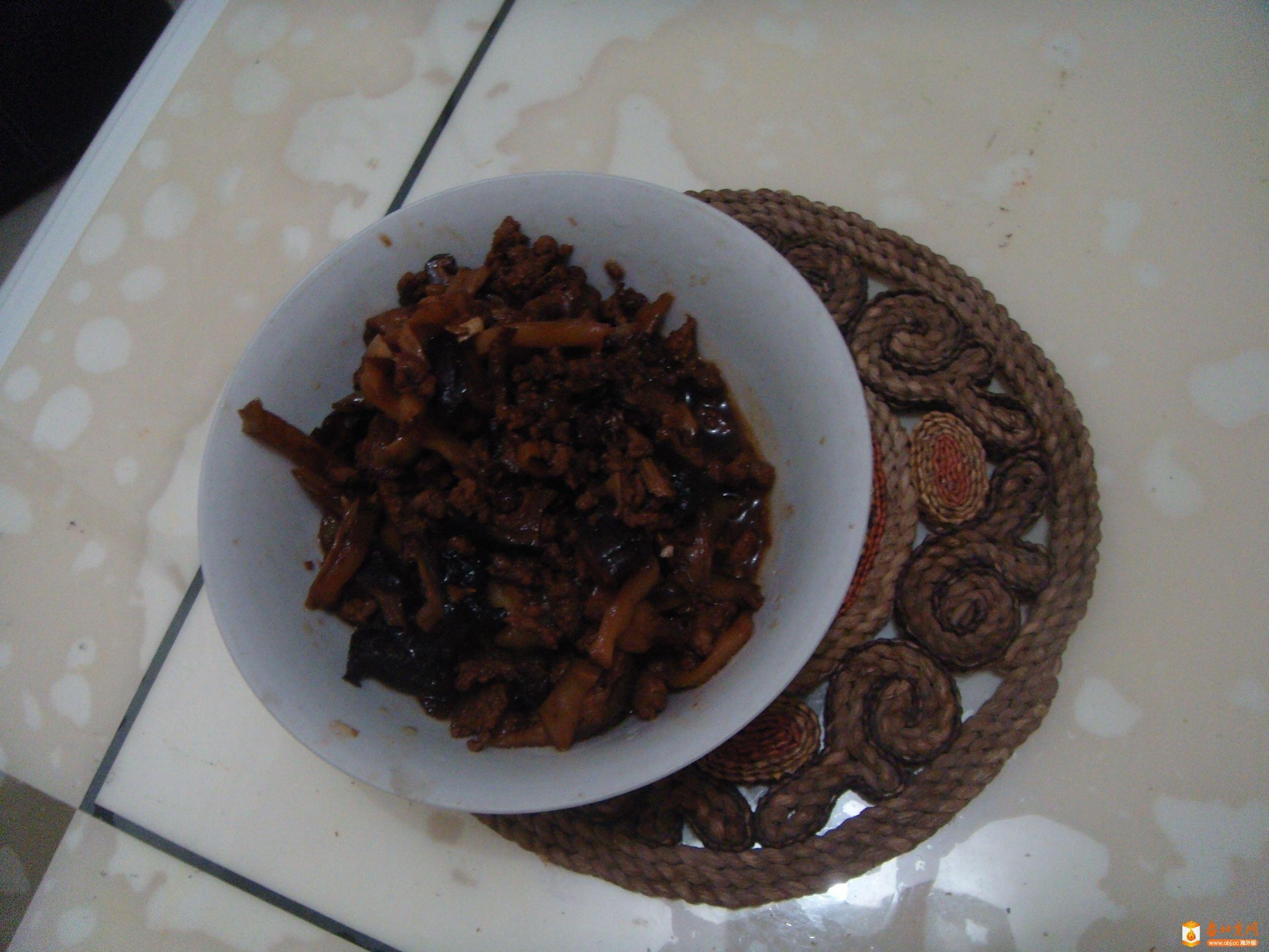 肉末榨菜,加香菇、黄花儿、木耳卤