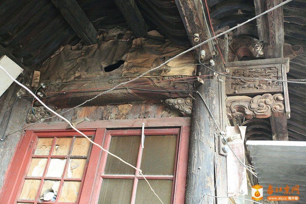 0408北房的木雕装饰.JPG