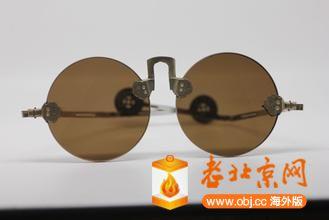 眼镜1.jpg