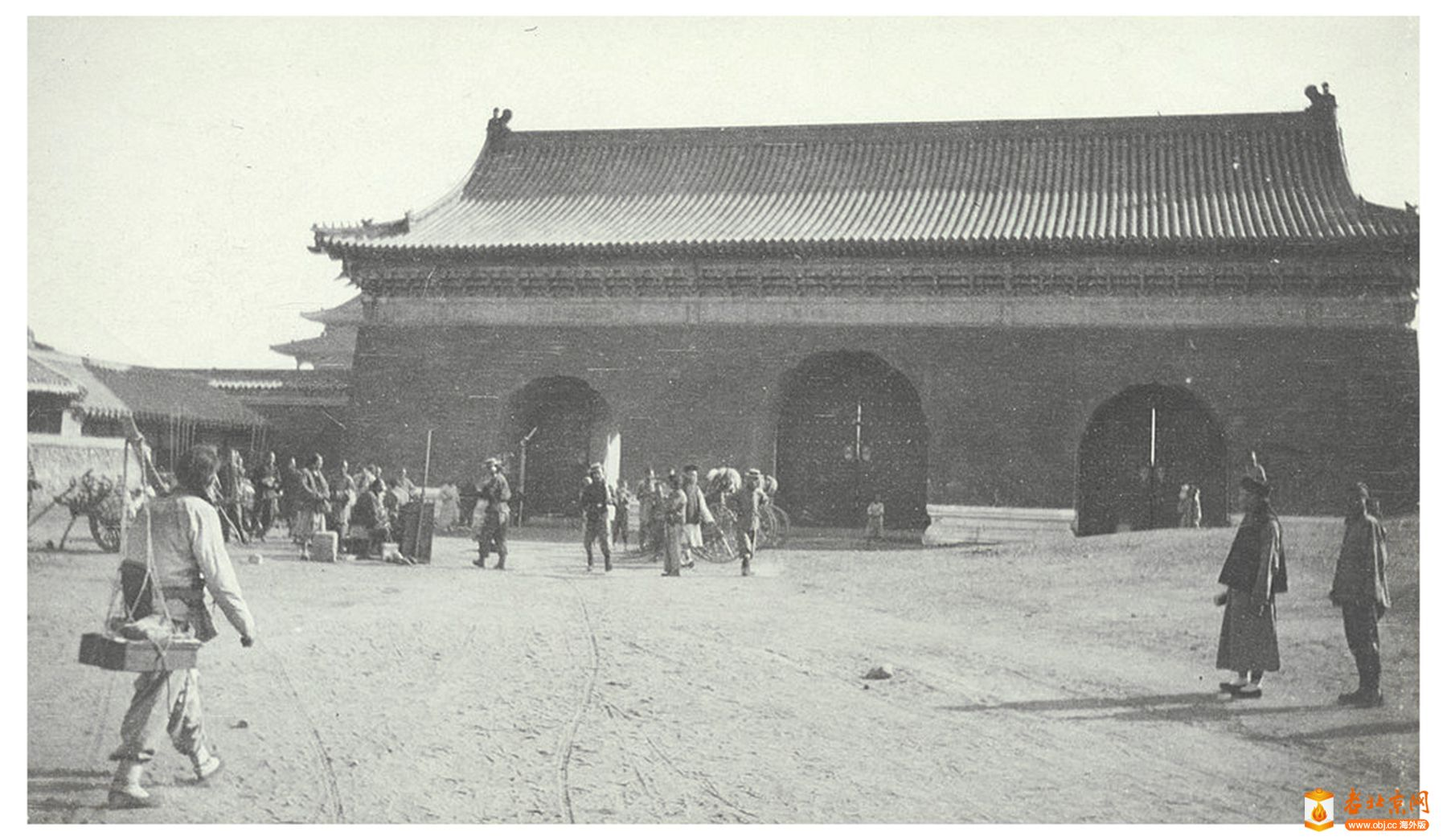 【探讨】Didrik 老北京照片系列(08):带八十一颗门钉的长安右门