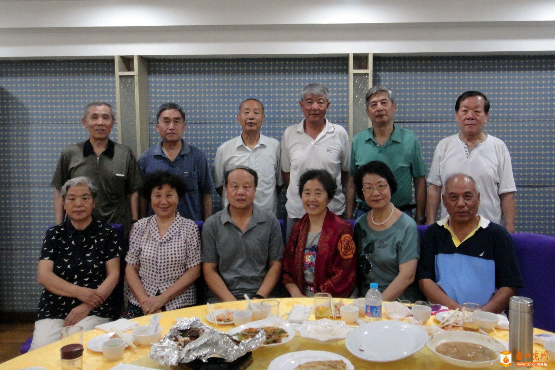 RE: 北京航空工业学校广播室