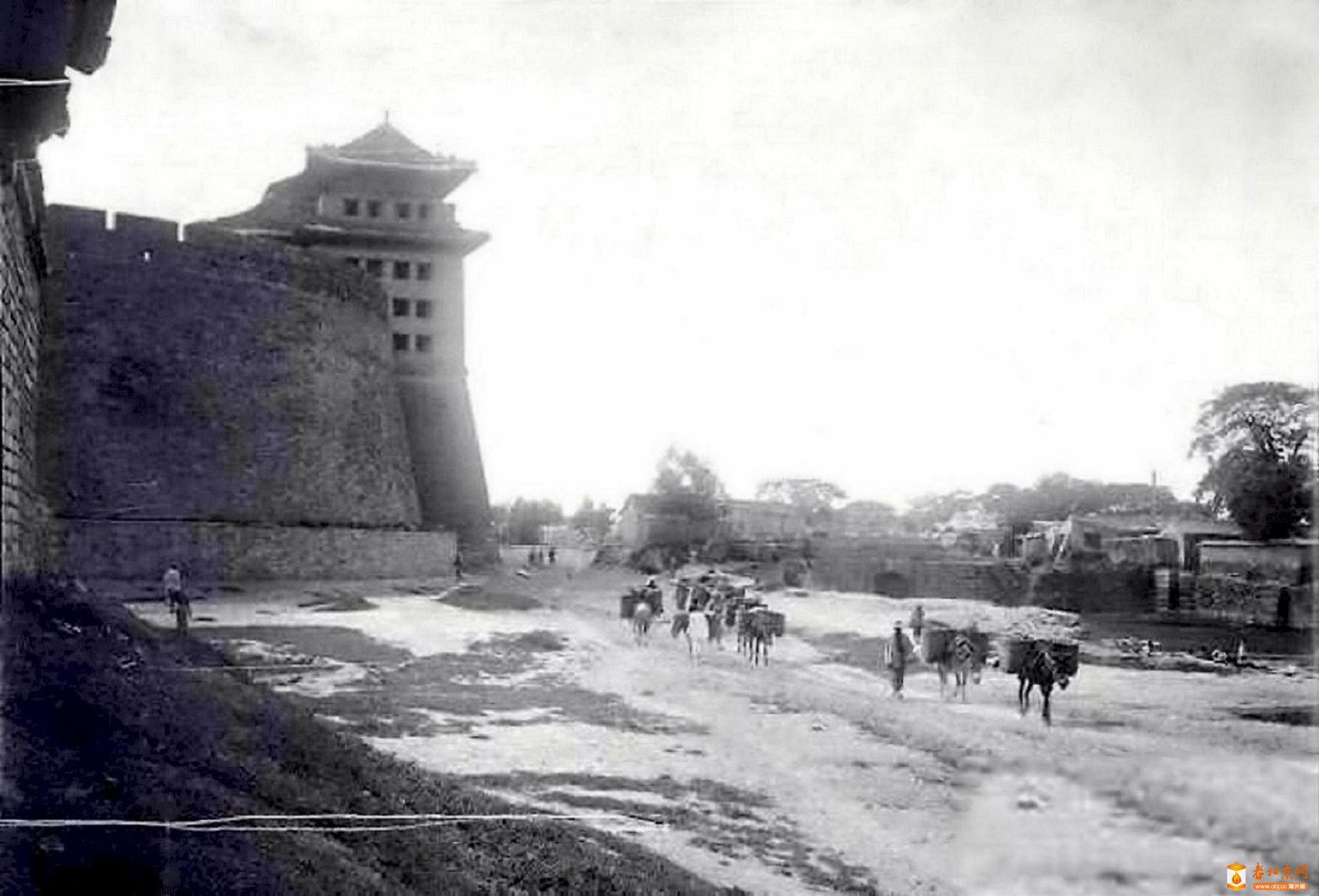 825.德胜门-箭楼                    (1905年).jpg
