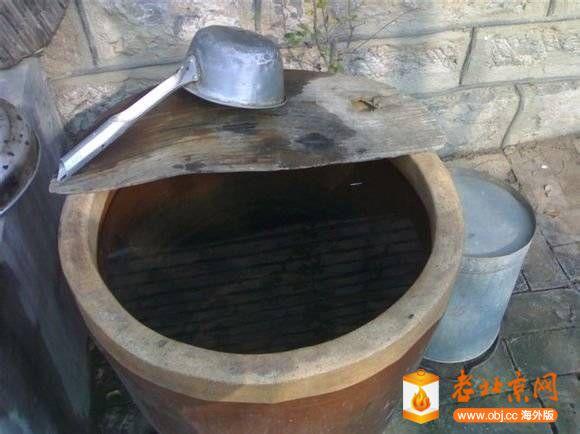 水缸和舀子.jpg