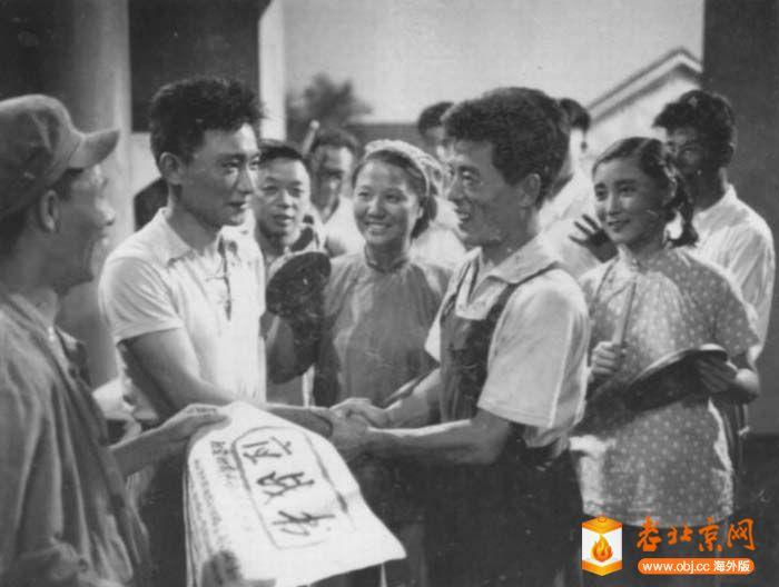 1958年《爱厂如家》.jpg