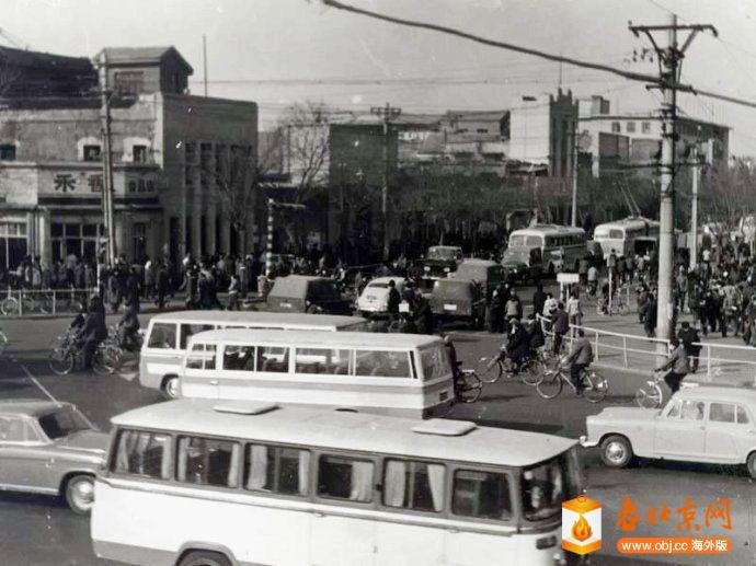 1978,西單路口西北向.jpg