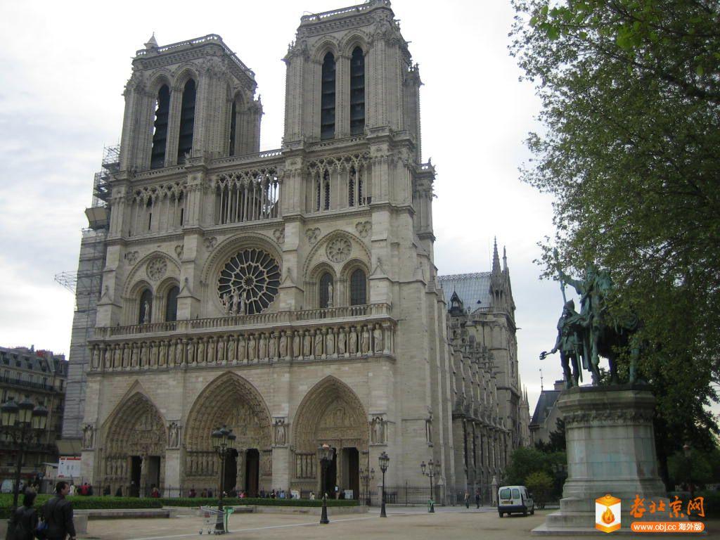 巴黎圣母院正面.JPG