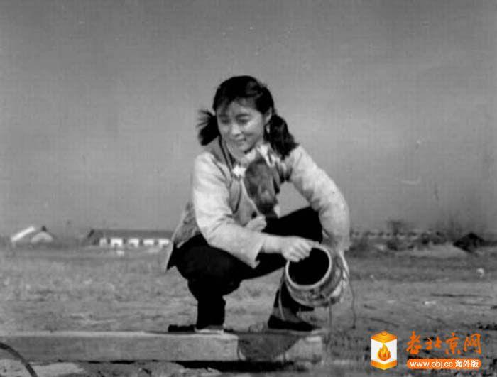 1958《三八河边》.jpg