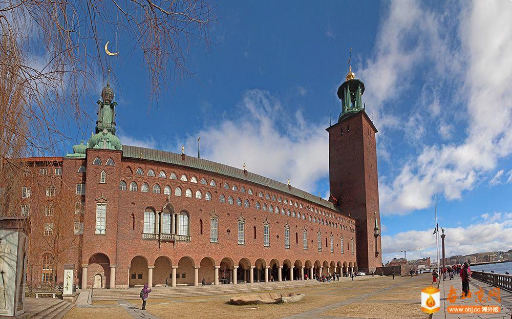 01斯德哥尔摩市政厅.jpg