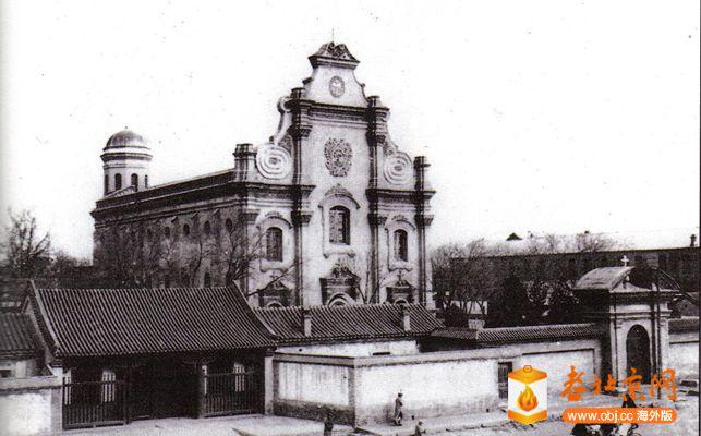 复件 1图:宣武门南堂老照片,西侧的房屋是明清历局旧址.jpg