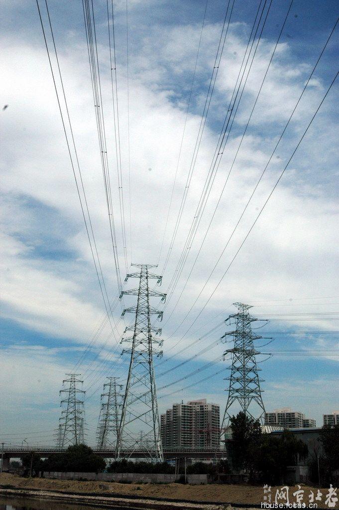 北京高压电塔风景区