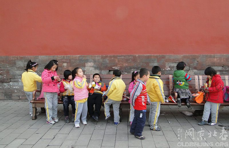 为青少版添些中外儿童照片