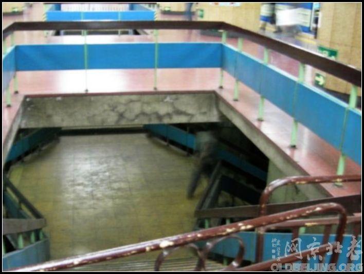 老地铁站台