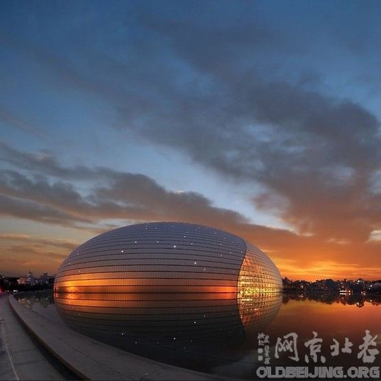 《北京航空工业学校》图书阅览室