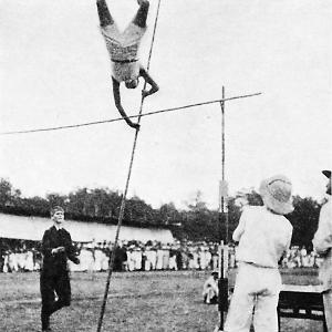 比赛开始—1913年在北京举办的首次运动会
